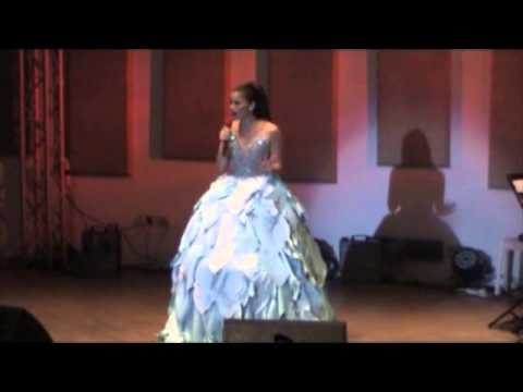 Anne Curtis Live in Singapore