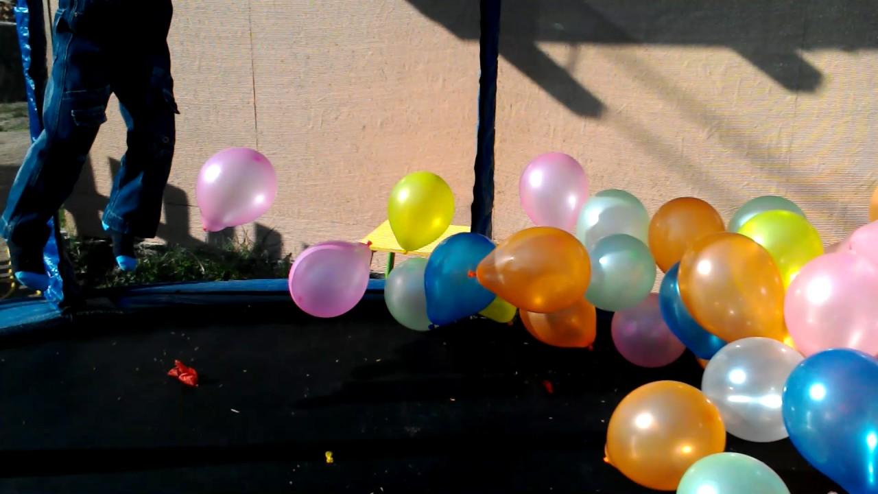 По улице в попе шарик эту