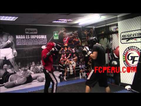 Escuela de boxeo - Sparring en Peru Fight Academy