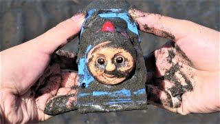 Thomas & Friends Find Knock Off Toys on a sandy beach