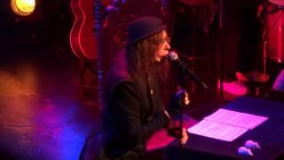 """Brigitte Fontaine """"Lettre à M. le Chef de Gare """" Live au Théâtre des Bouffes du Nord 06/06/2014"""