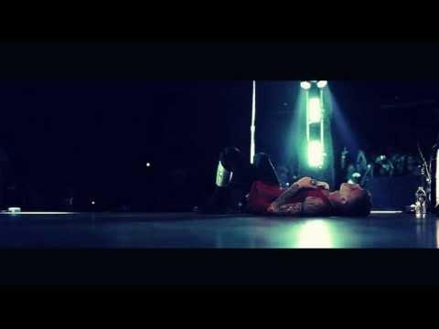 Machine Gun Kelly - Dark Side of the Moon (Lyrics)