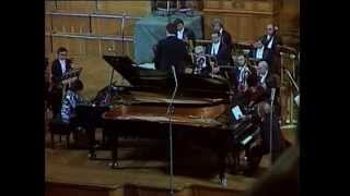 MOZART Concerto for Two Pianos in E flat major K365 EMIL & ELENA GILELS