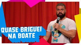 QUASE BRIGUEI NA BOATE - Júnior Chicó - Stand Up Comedy