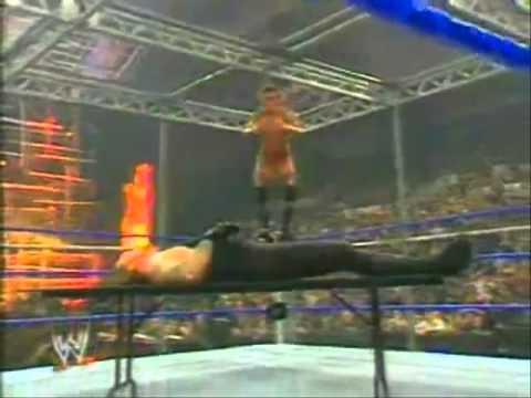 Los Peores Accidentes de  la WWE (Loquendo) Parte 1