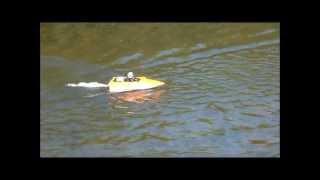 NQD Brushless Jet Boat - 3500kV Heli-Outrunner on 3S!