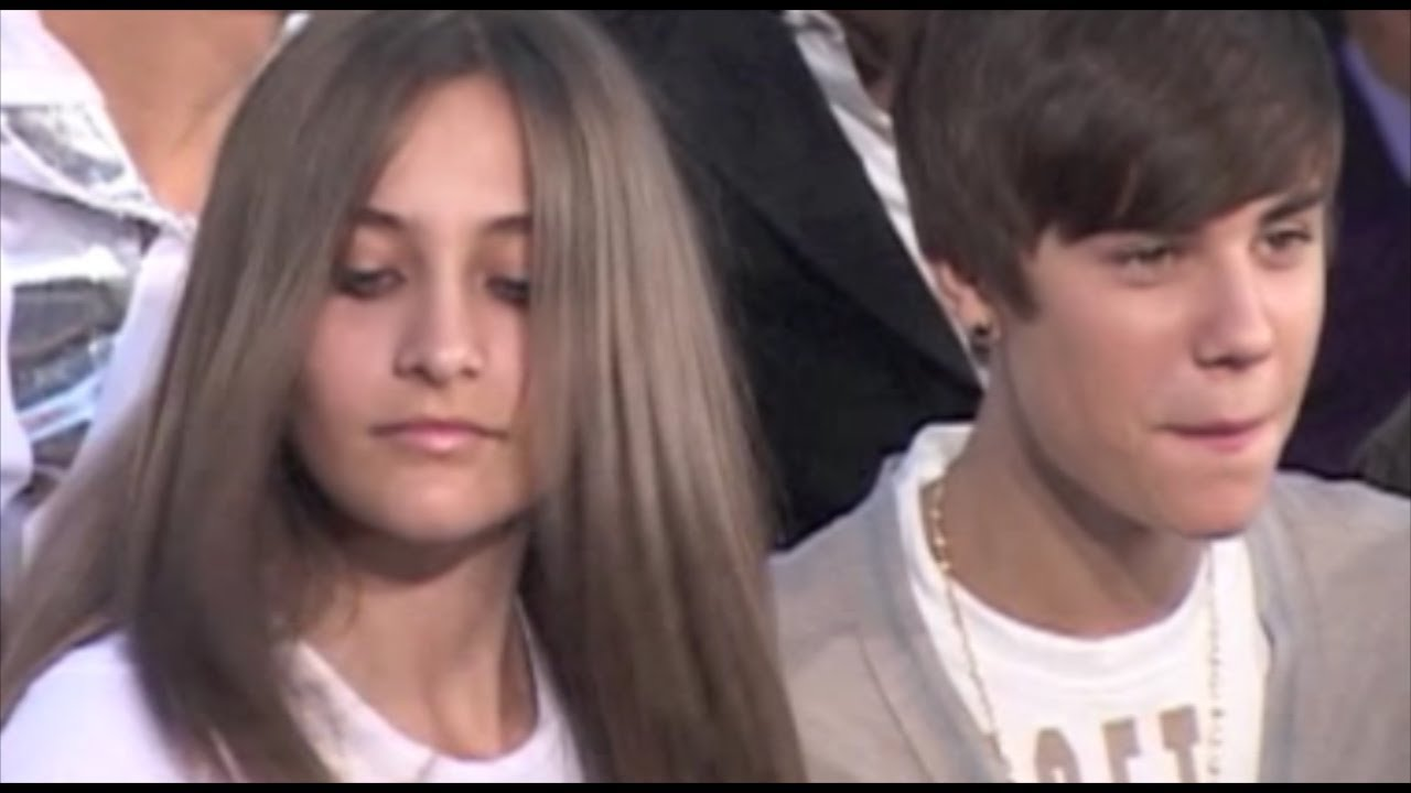 Justin Bieber pays tribute to Michael Jackson - YouTube