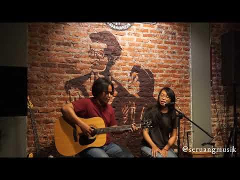 """Seruang - """"Kaki Kaki"""" Live At Earhouse"""