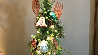 Kitchen (Cookie Cutter & Utensil) Mini Christmas Tree - Christmas Decorating Idea
