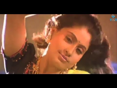 Mannan Movie : Adikkudhu Kuliru Video Song