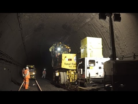 Severn Tunnel electrification – soot clearance