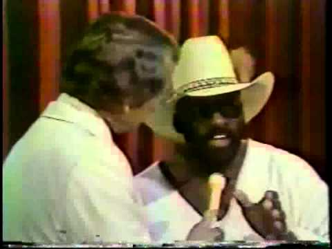 CWA Sonny King Introduces Pete Austin MEMPHIS WRESTLING 1979