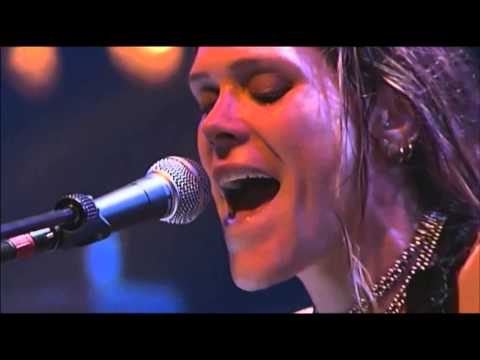 Beth Hart - World Without You  ( Live Paradiso 2005 )