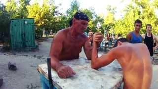 Тренировка дедов-атлетов(Оld man training)Киев, гидропарк.
