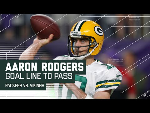 Aaron Rodgers Finds Jordy Nelson for the Goal Line TD! | Packers vs. Vikings | NFL