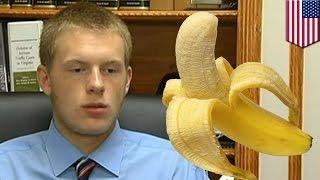 Repeat youtube video Juez ordena tomar fotos del pene erecto de un joven para resolver un caso de pornografía infantil