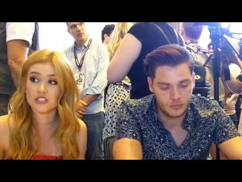 Comic-Con 2017: Katherine McNamara and Dominic Sherwood Tease Rest of Shadowhunters Season 2