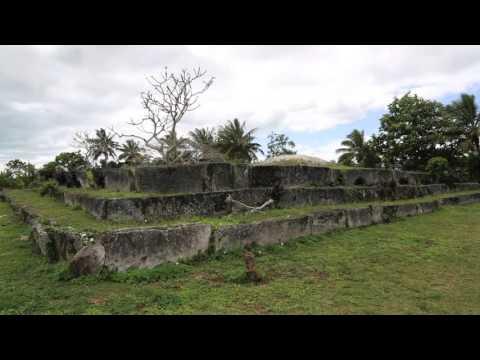 Tonga Tongatapu Ancient tomb of Mu'a / Tonga Tongatapu Ancient tomb of Mu'a