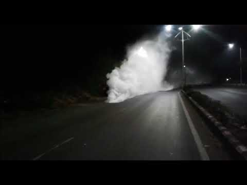Ammonia gas tanker overturns on Vasco airport road, gas leaks out