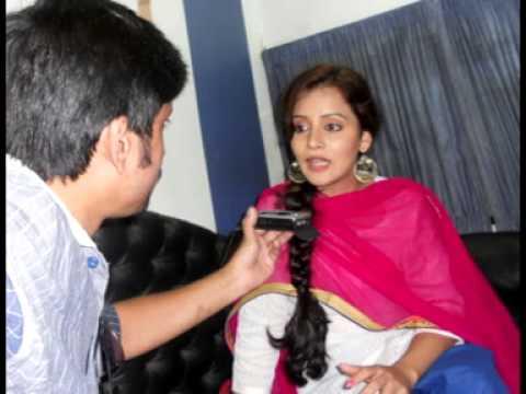 Actress Sulagna Panigrahi live on Red Fm Promoting her Movie Gurudakshina   20th July 2013