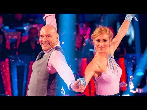 Gregg Wallace & Aliona Vilani Cha Cha to 'Hot N Cold'  Strictly Come Dancing 2014  BBC One