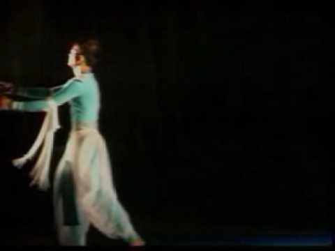 Indian Contemporary Dance By Santosh Nair Sadhya .