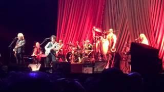 Did It In A Minute. Daryl Hall & John Oates @ Nippon Budōkan Oct 19 2015