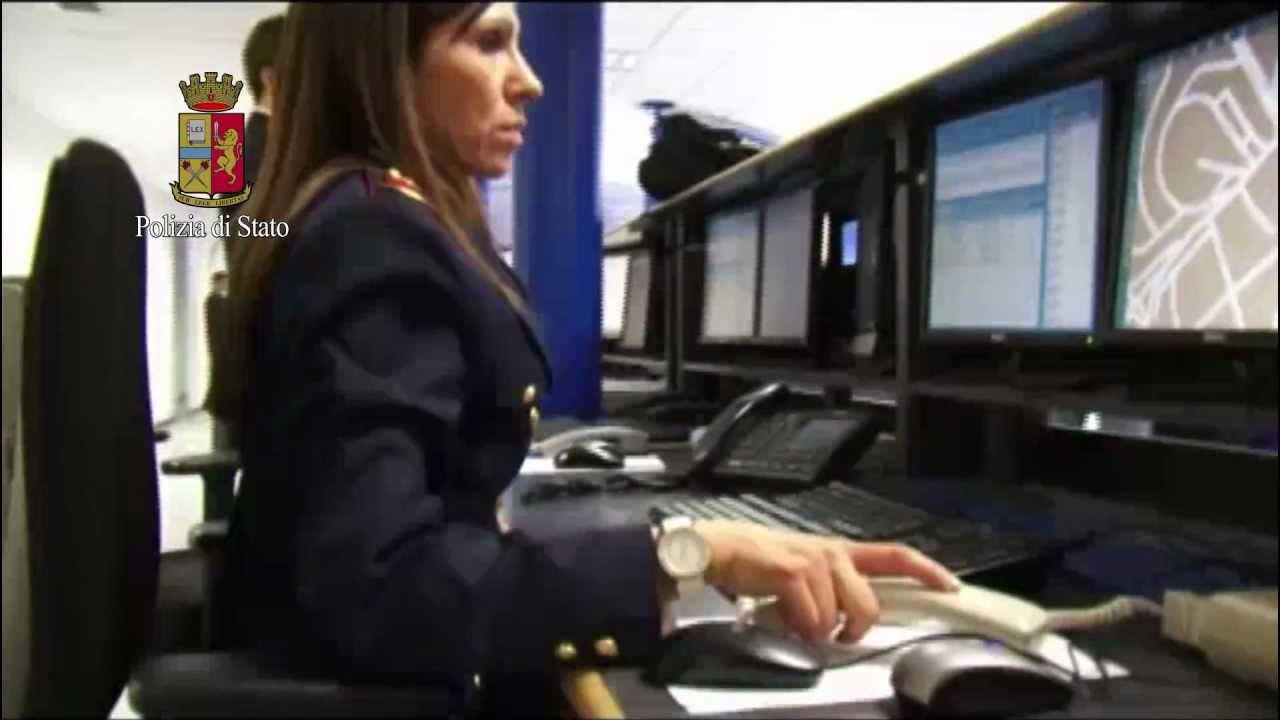 Gli uffici della questura youtube for Questura di polizia
