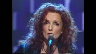 Patty Griffin - Rain (live @ Late Night with Conan O'Brien, 2002-04-10)