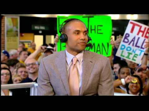 Retired NBA star Grant Hill considering turn as TV analyst