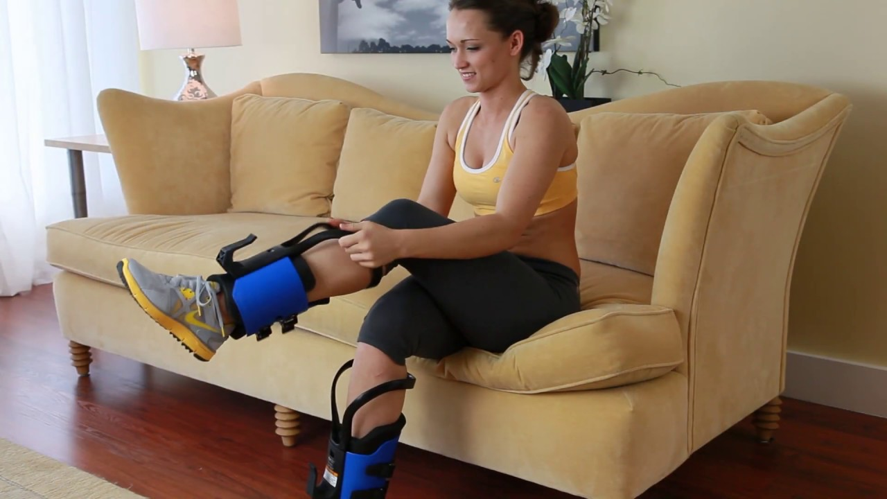 Teeter Ez Up Gravity Boots What You Need To Know Youtube The sportplus inversion table is one of the best inversion tables available to buy in the uk. teeter ez up gravity boots what you need to know