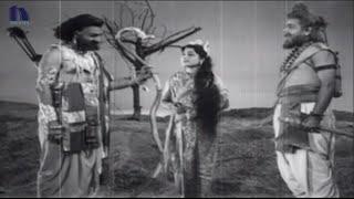 N T Rama Rao, Nagabhushanam War Scene - Bheeshma Telugu Movie Scenes
