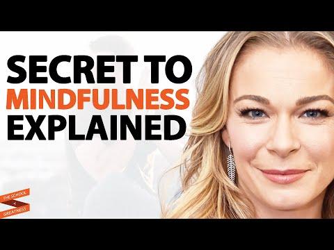 LeAnn Rimes on Music, Meditation, and Mindfulness