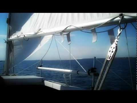 Repeat Sailing Macgregor 26 swing keel by Ron - You2Repeat