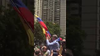 """Lo último: Declaran a Fox persona """"non grata"""" en Venezuela, tras darse 'rienda' con consulta"""