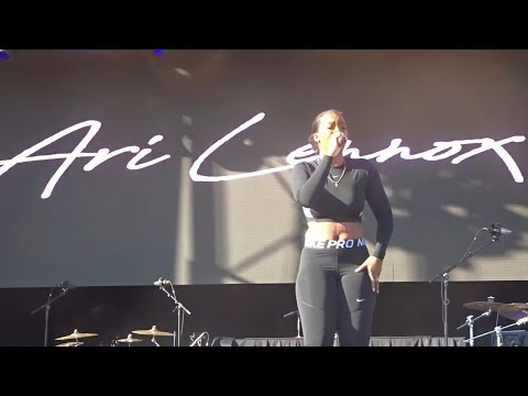 ari-lennox---new-apartment-(mala-luna-music-fest,-san-antonio,-tx-10/27/2019)-hd