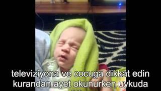 Video kurandan ayet okunurken uykuda gülen bebek download MP3, 3GP, MP4, WEBM, AVI, FLV Desember 2017