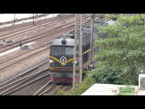HOゲージ 中国国鉄 東風4B型ディーゼル機関車posted by hi2a1agw