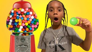 Kd and Dezy Pretend Play with Gumball Machine Fun Kid Video