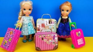 Download Vacation packing ! Elsa and Anna toddlers - shopping for luggage - suitcases - Barbie is the seller Mp3 and Videos