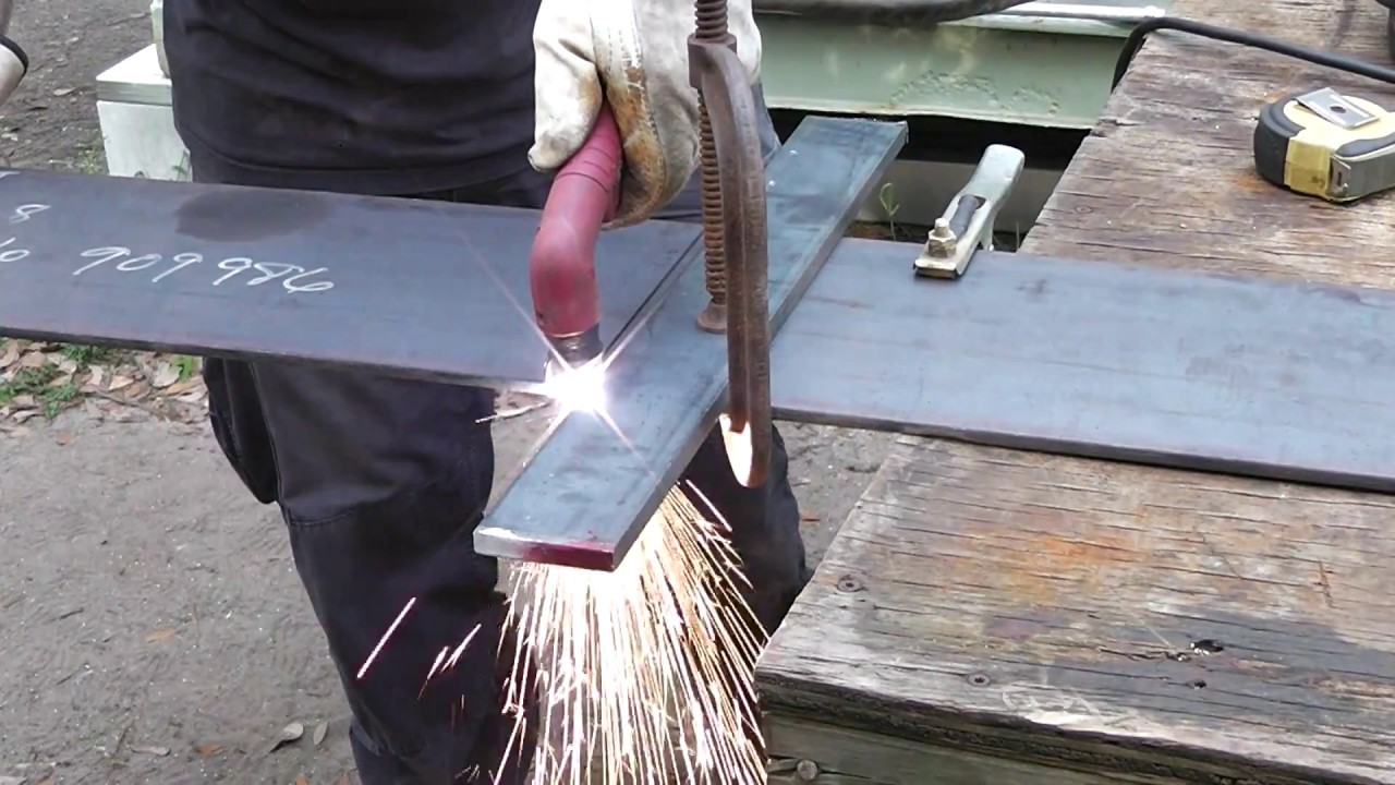 How to Wire up a 50 Amp 220 Volt Plasma Cutter or Welder - YouTube