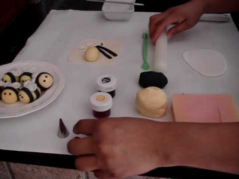 How To Make A Fondant Bumble Bee