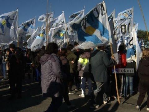 En un clima de expectativa, una multitud espera el discurso de Cristina en Argentinos Juniors