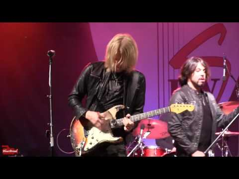 I'm A King Bee • KENNY WAYNE SHEPHERD BAND • Bourbon Street Blues Fest 5/20/17