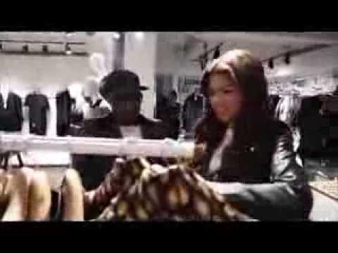 Zendaya-Parachute Video