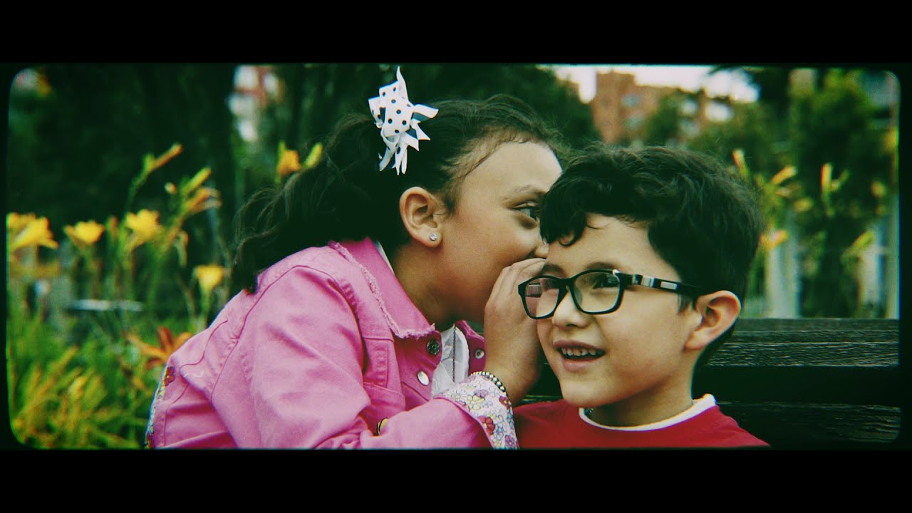 Cristian Larrosa - La Niña de Mis Ojos (Official Video)