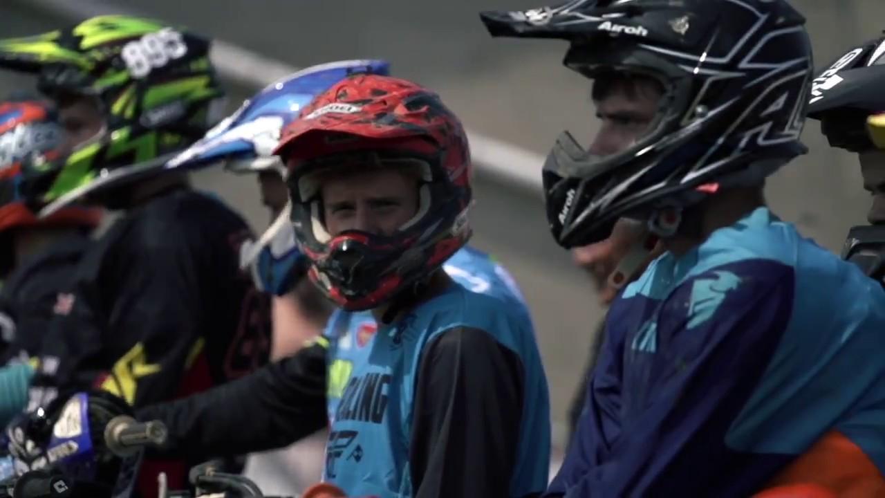 Pole Position 77 : ultracross pole position 77 youtube ~ Medecine-chirurgie-esthetiques.com Avis de Voitures
