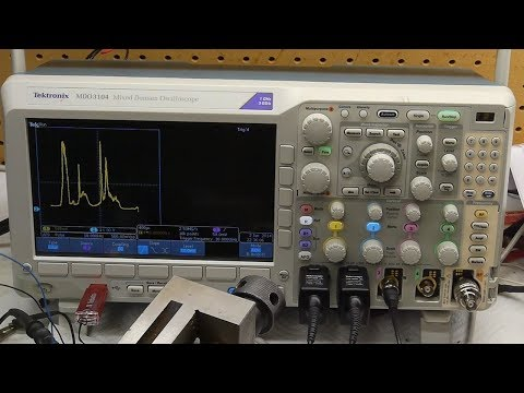 Use an oscilloscope to collect optical spectral data