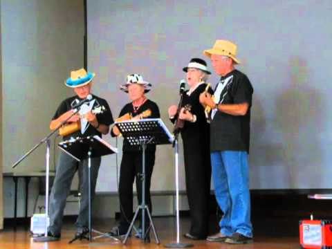 The Merry Ukes Play