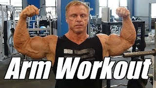 Get 21 inch Arms with this killer bicep tricep wor...